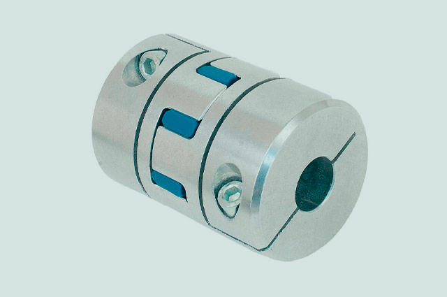 Acoplamentos industriais são elementos de máquina que necessitam absorver pequenos choques e desalinhamentos.